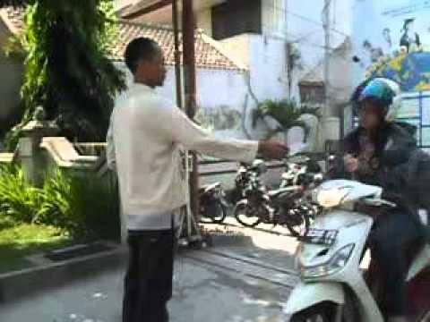 Dokumentasi sebar Brosur Aneka Nasi Campur Adexa Part 1