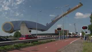 Dutch bridge opens - Slauerhoffbrug 3