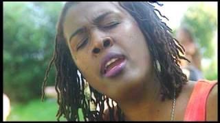 Ilene Barnes - Time - Live Paleo Festival (2004)