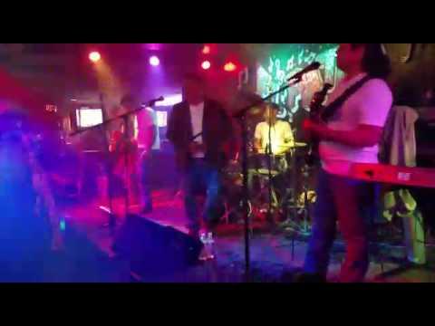 En El Patio Night Club De Anaheim LOS PERVERSOS DE