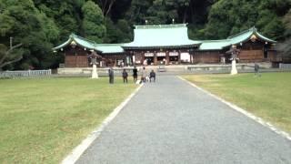 静岡県護国神社参拝!多くの子供達が清掃活動?