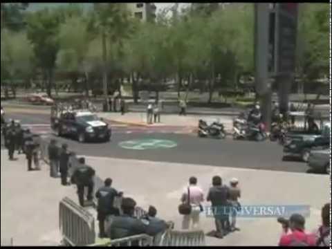 Obama arrives at Mexico´s Campo Marte
