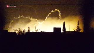 الطيران الروسي يقصف بقنابل النابالم الحارقة قرية بشقاتين بريف حلب الغربي.