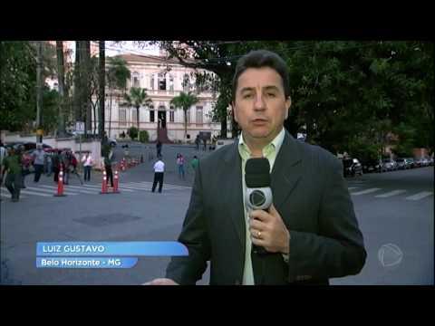 Ex-governador Eduardo Azeredo se entrega à polícia e começa a cumprir pena