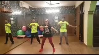 Tareefan Choreography | Veerey di Wedding | Maggie's Dance and Fitness Studio