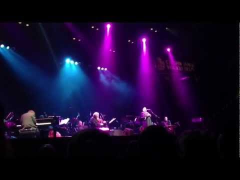A Yidishe Mamme-Perlman/Helfgot Concert at Barclays Center 2/28/2013