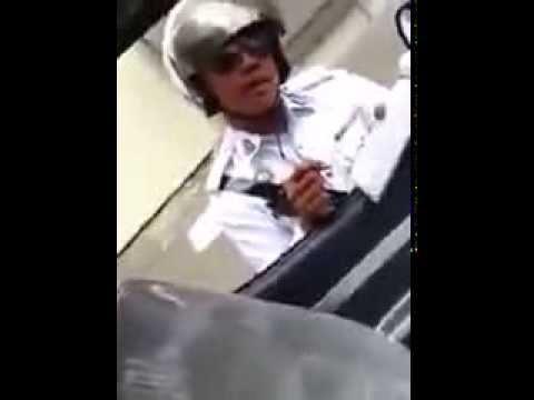 Polis Trafik yang Cool