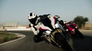 2019 BMW S1000RR  - Ride it on track with Racing School Europe and Troy Corser!