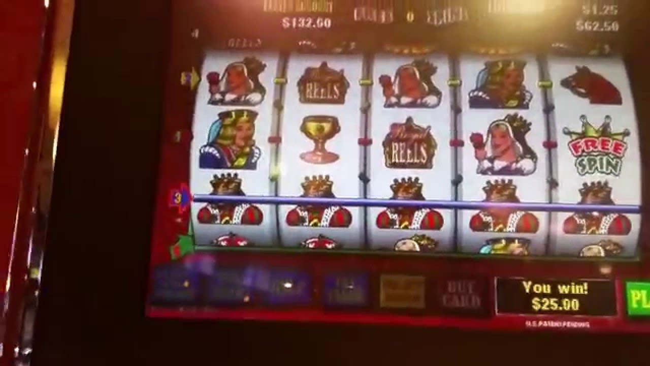 Royal Reels Slot Machine Online