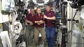 Космонавты Международной космической станции обратились к крымчанам