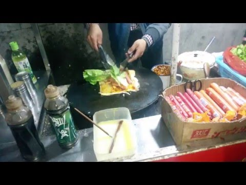 Street Food Of Wuhan (CHINA)
