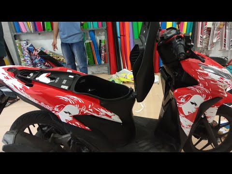 PASANG STIKER  MOTOR HONDA  CBR 150 FULL BODY.