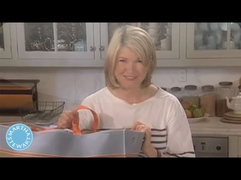 How to Set Up a Picnic Kit - Martha Stewart