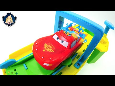 Disney Cars toys Lightning McQueen and Radiator springs friends Color Changers Paint factory Playset