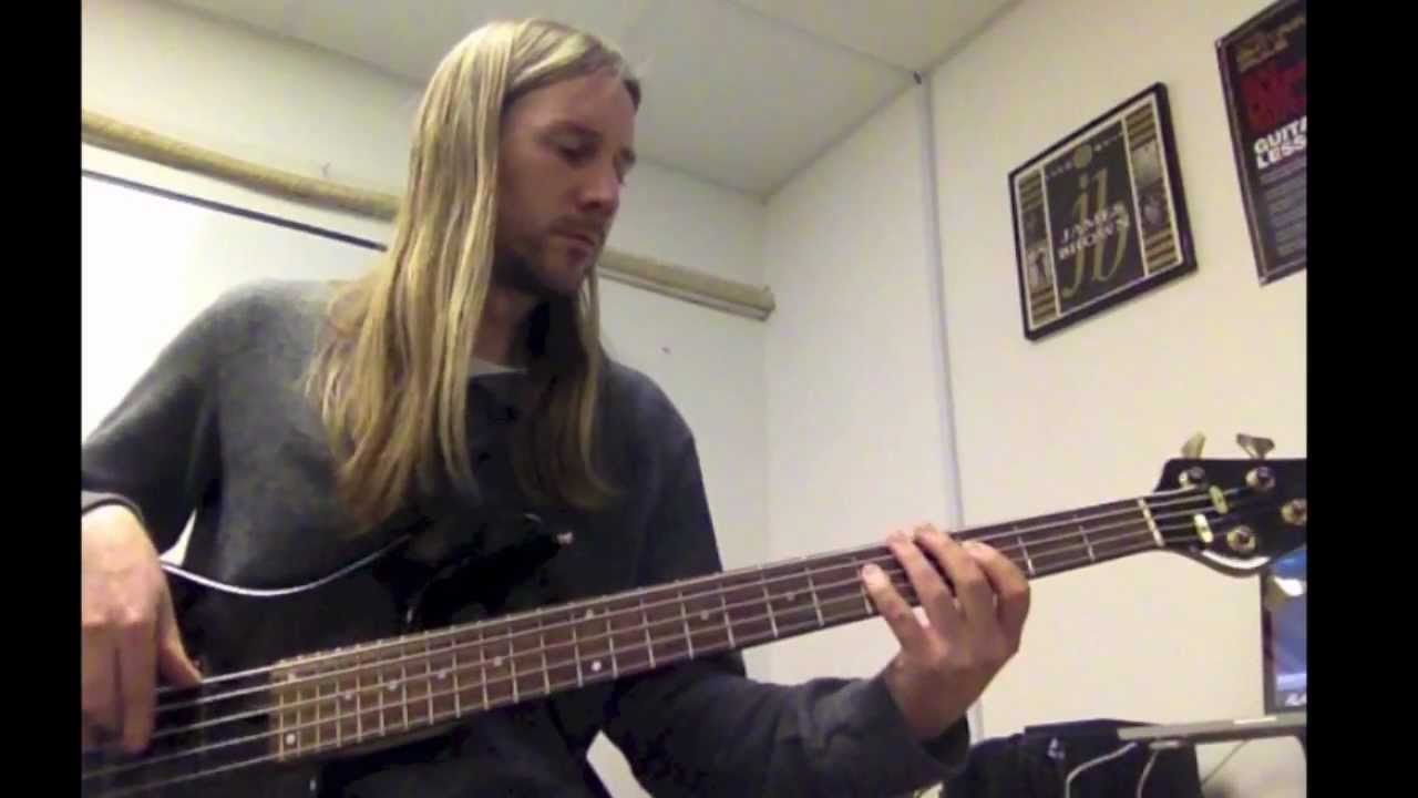 Another Brick In The Wall Part 2 Pink Floyd Bass Cover By