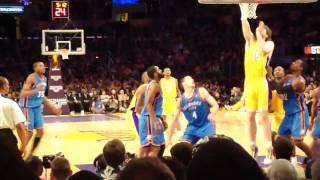 LA Lakers vs OKC Thunder - 12/22/2009 - Kobe hyper-extends his knee