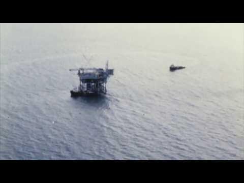 RobinPlaysChords - Archipelago (video)