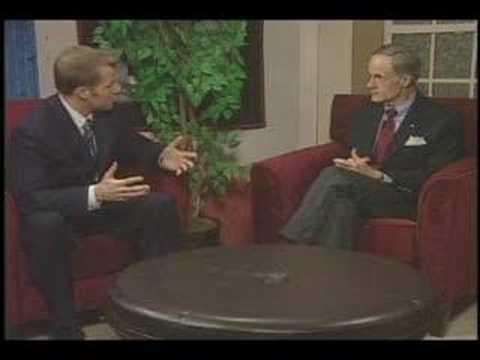Wyatt Everhart talks with U.S. Senator Tom Carper
