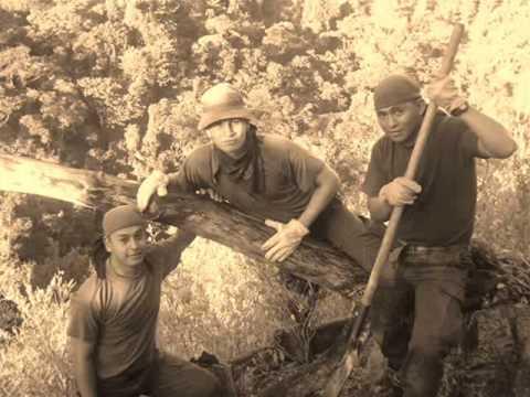 TRIBUTO A GRANDES HOMBRES EMCAR 19-3 DESAN COLOMBIA