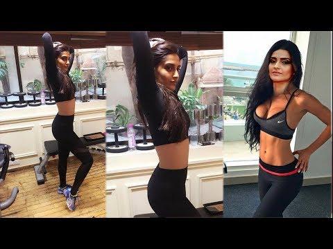 sonam kapoor New H0T workout Video 2017 thumbnail