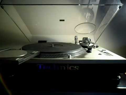 Technics 1200 Audiophile Turntable