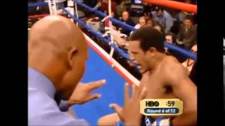 Video Floyd Mayweather Breaks Sharmba Mitchell Down With Straight Right To The Body download MP3, 3GP, MP4, WEBM, AVI, FLV November 2017