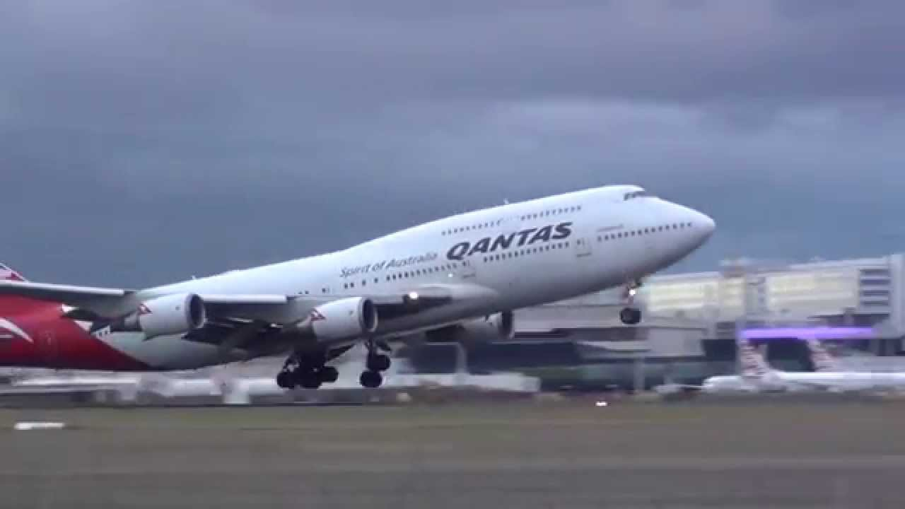 qantas 747 strong wind take off mel lax hd youtube. Black Bedroom Furniture Sets. Home Design Ideas