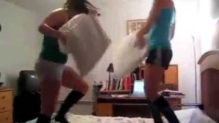 SEXY COLLEGE GIRL PILLOW FIGHT!!! ★★★★★