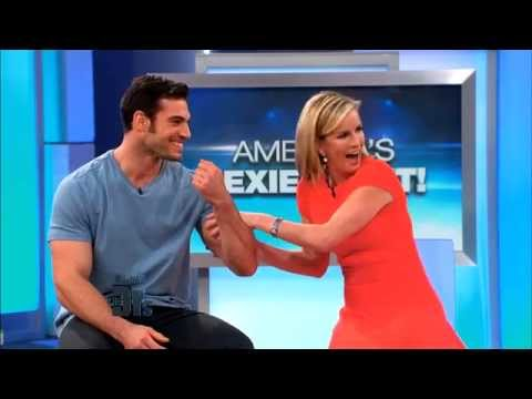 Wednesday 03/25: America's Sexiest Vet; Luke Perry's Fight To End Deadly Disease - Show Promo