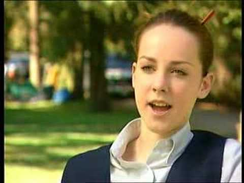 Jena Malone - Donnie Darko Interview