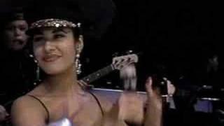 Selena-Baila Esta Cumbia
