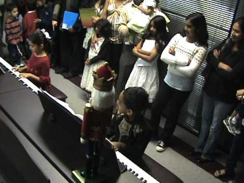 Anish's 1st Piano Recital @ Inspire Music Academy, Pleasanton, CA -  12132011.mpg