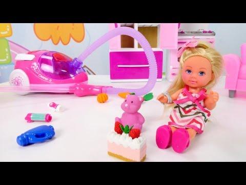 Barbies Tochter verwüstet das Haus. Barbie Doll Videos
