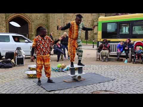 UK Africa Acrobats / Emmanuel The Magnificent / Streets Of Battle. 2