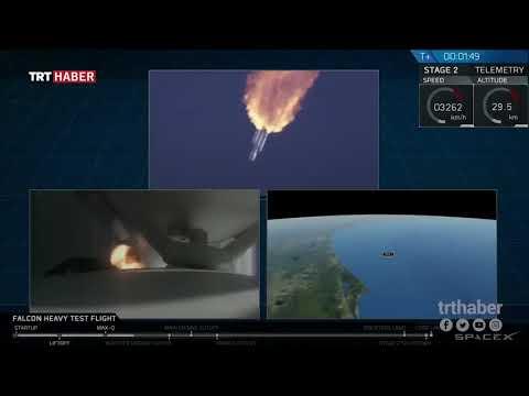 SpaceX'in roketi #FalconHeavy'nin, içerisindeki Tesla aracı ile Mars yolculuğu başladı