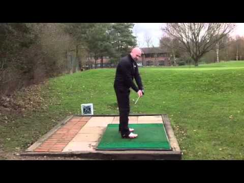 how-to-use-your-hands-in-the-golf-swing-like-the-pros!!