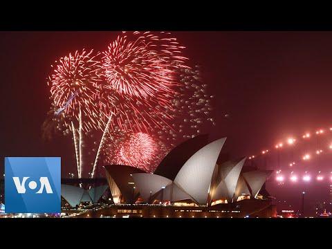 Sydney New Year's Fireworks Despite Australia Brushfire Crisis