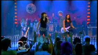 "Lemonade Mouth - ""Here We Go"""