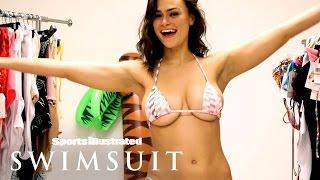 Lais Ribeiro, Kelly Gale & More 2017 Rookies: Bikini Change Challenge | Sports Illustrated Swimsuit
