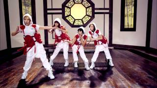 2NE1 - CLAP YOUR HANDS(박수쳐) M/V [HD]