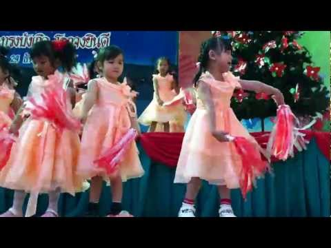 Chinese Christmas Song.MOV