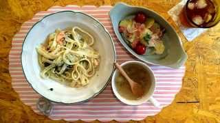 Salmon And Spinach Fettuccine With Cream Sauce 鮭とほうれん草のクリームパスタ 【today's Table】 May 22, 2014