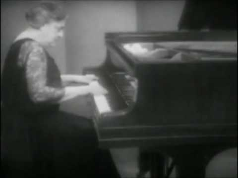 "Myra Hess plays Bach's ""Adagio"" (video)"