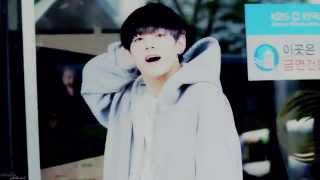 Download Video KIM TAEHYUNG ☆ SℳILE. MP3 3GP MP4