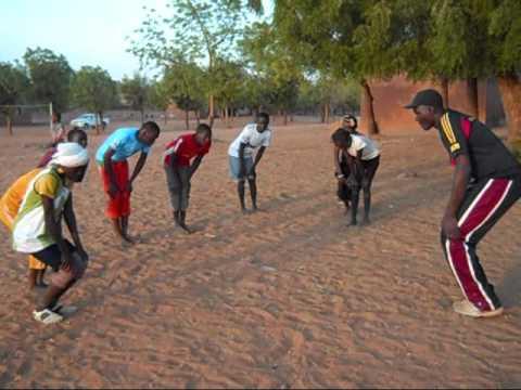 20110407 Malbaza   Sport   AfricaSport gift don