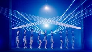 2017年2月22日発売のメジャーデビューシングル「初恋サンライズ/Just T...