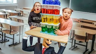 Go through the jenga from the glasses and collect Baldi in parts! Challenge from Slenderman!