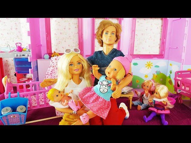 Rodzinka Barbie - Urodziny Kaji i Bartusia!! Ken narozrabiał!! bajki dla dzieci