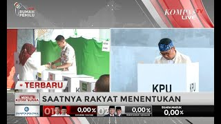 Gambar cover Ibunda Jokowi Sujiatmi Notomiharjo dan Ridwan Kamil Nyoblos