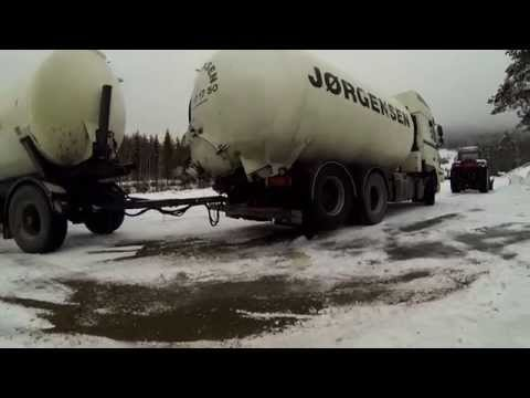 Empty truck+full trailer+winter(Norge)